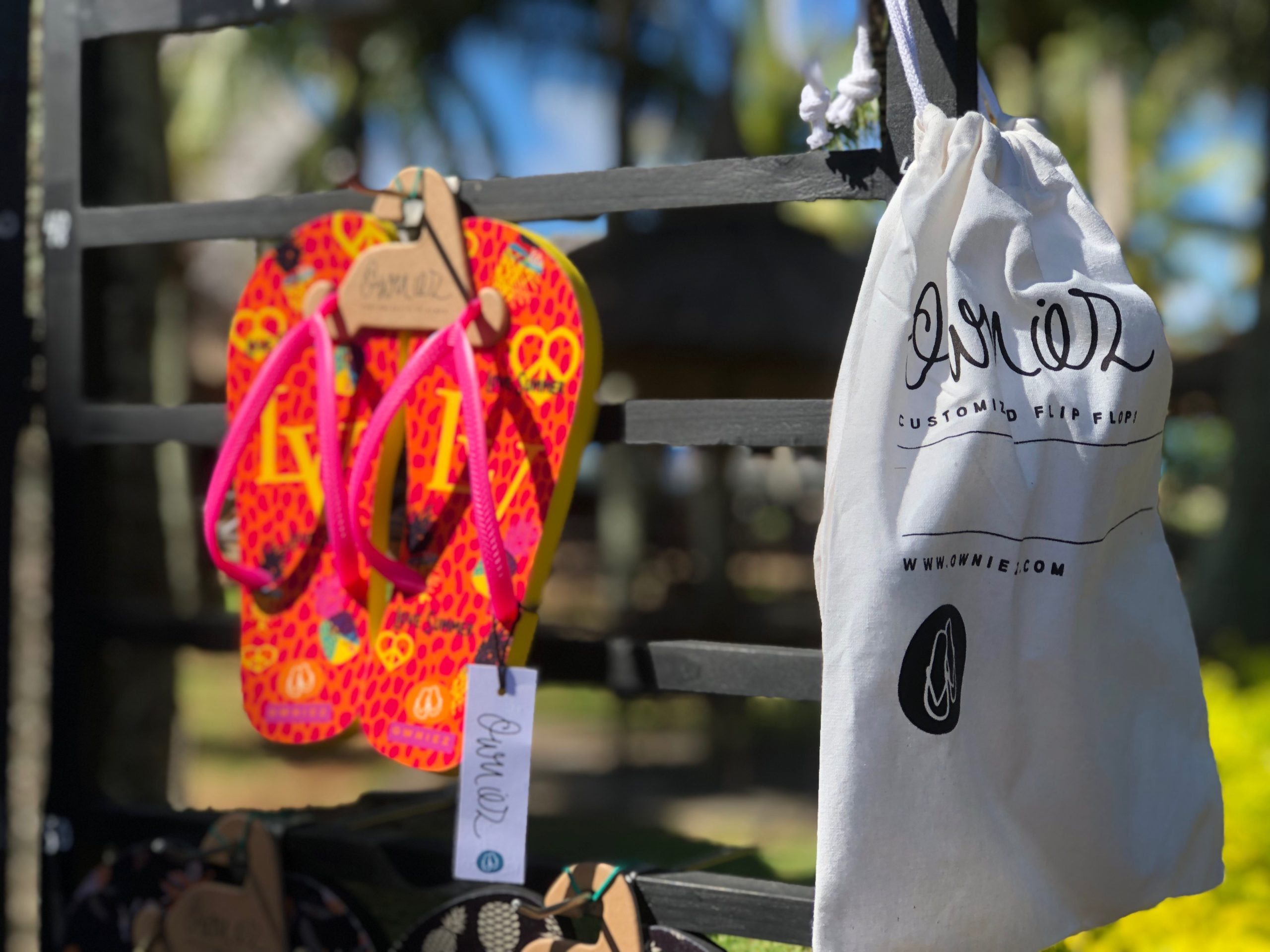 Owniez Display - Give away Bag - Love Summer Customized Flip Flops